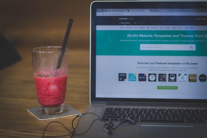 tips-for-designing-a-website-header