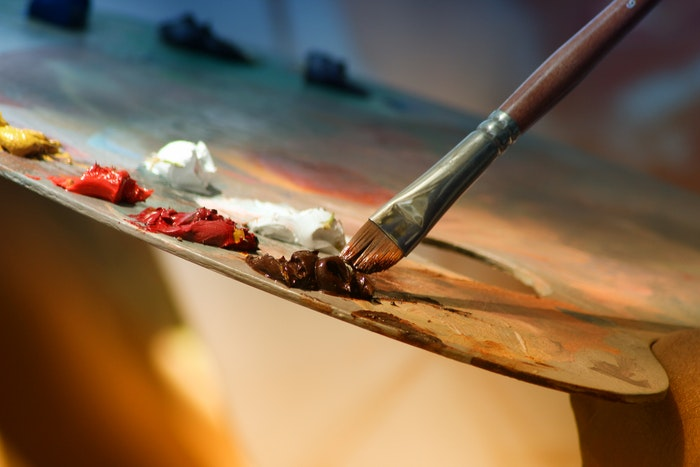 essential-drawing-materials-and-tools-for-artists